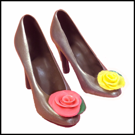 Large Shoe w/ Chocolate Flower